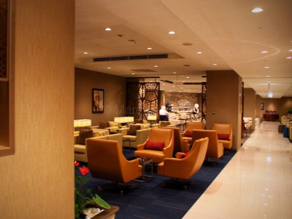 エミレーツ ラウンジ 成田 Emirates lounge narita
