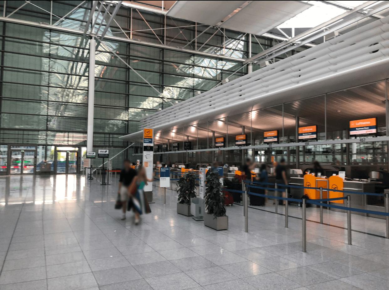 ミュンヘン フランツ・ヨーゼフ・シュトラウス 空港 免税 コツ 忙しい Flughafen München Franz Josef Strauß