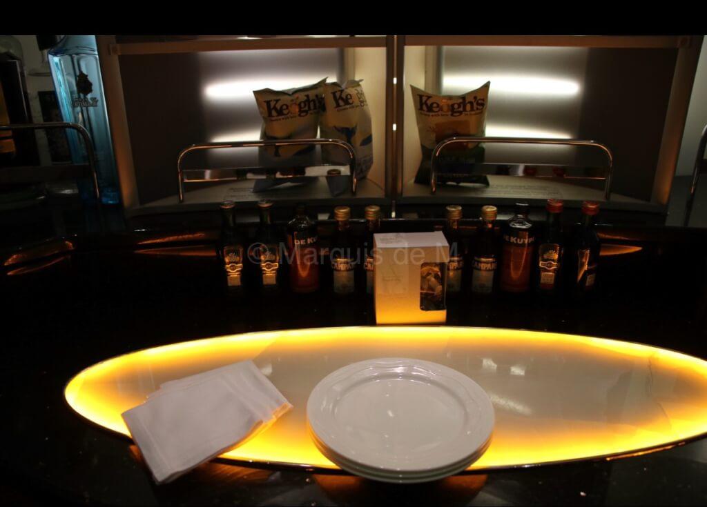 エミレーツ ファーストクラス専用 バー Emirates first class bar