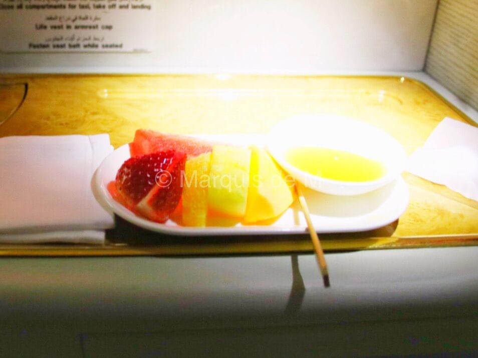 エミレーツ A380 フルーツ Emirates fruits