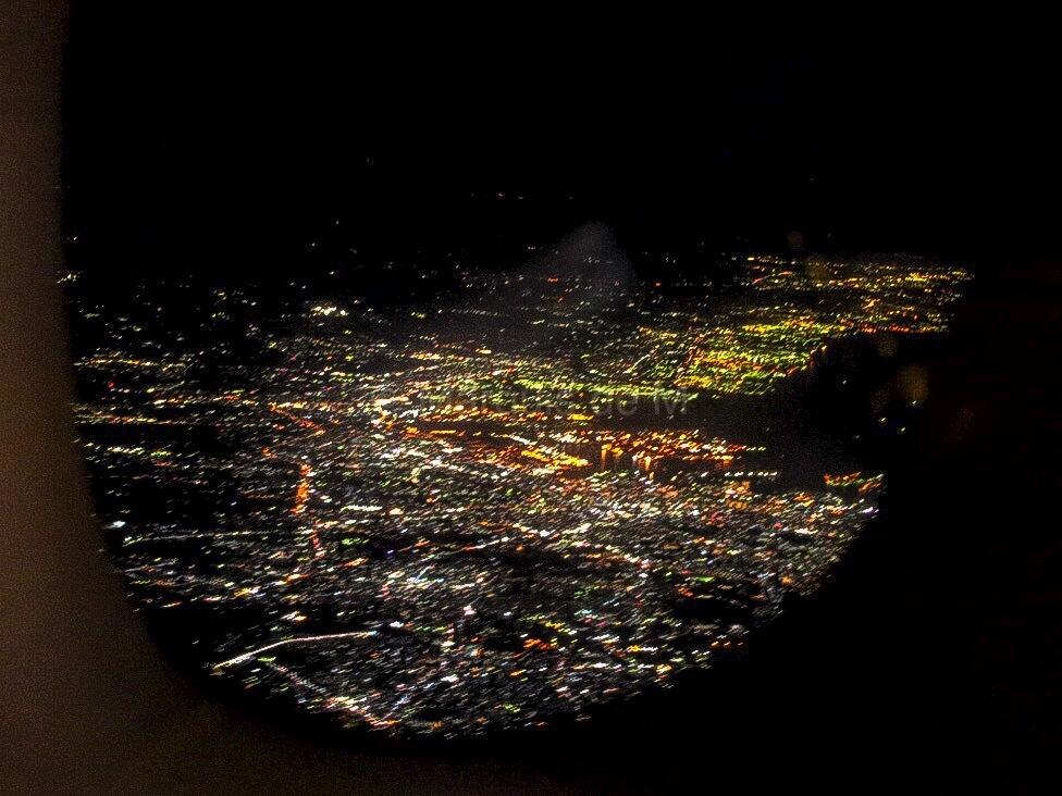 A380 窓 夜景
