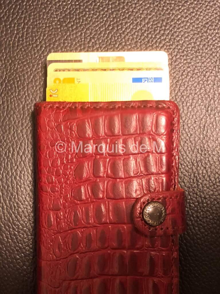 財布 ダミー財布 修行 海外用財布 海外 旅行 防犯 ハワイ ひったくり スリ 強盗 犯罪情報 治安情報 犯罪 治安 ベスト 首かけ パスポート 貴重品 SECRID secrid holland Dutch Nederland スキミング対策 安い